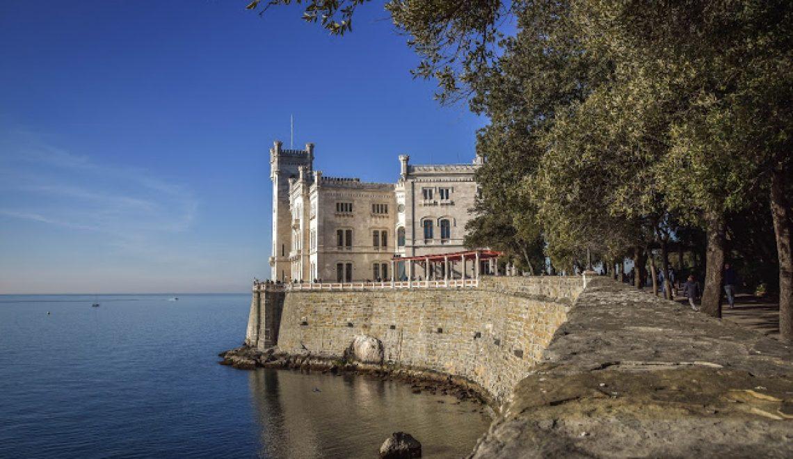 Decemberski izlet do gradu Miramare in obisk našega Pirana