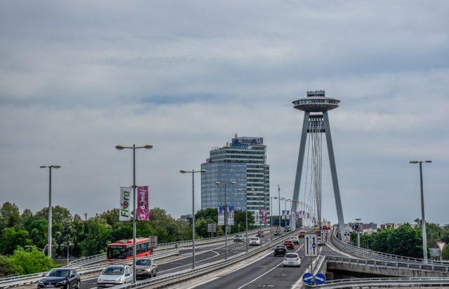 Bratislava živahno mesto ki navduši: UFO stolp