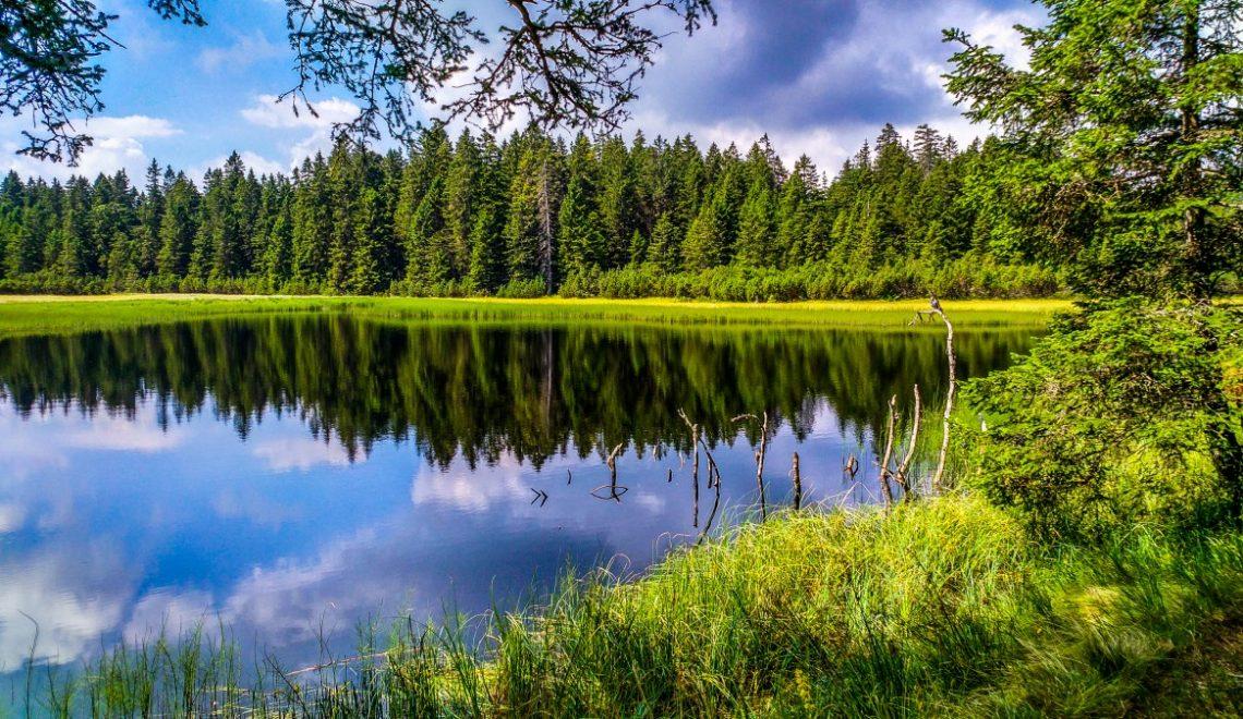 Črno jezero in slap Šumik