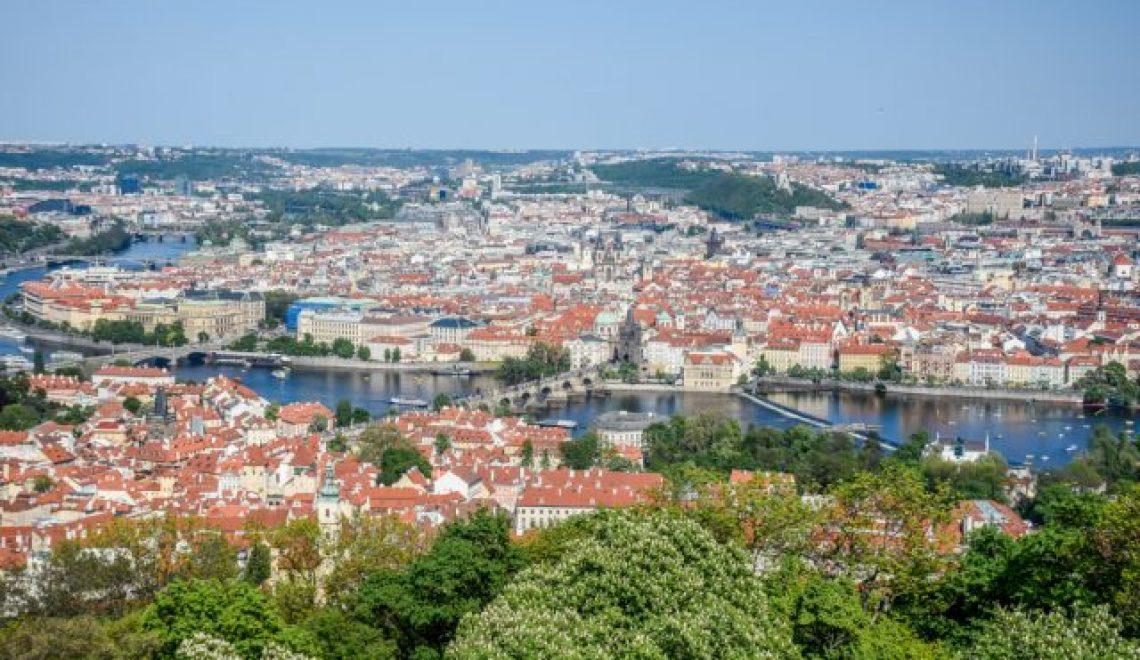 Left side of Vltava: Prague castle, Little Quarter and Petrin hill