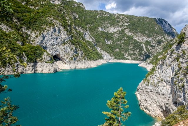 Črna gora: pivsko jezero
