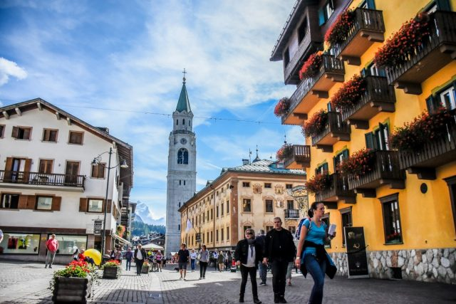 Weekend at the Dolomites: cortina d'ampezzo
