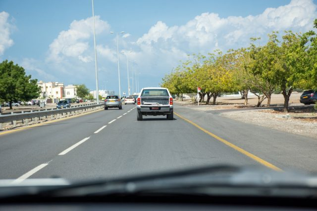 Renting a car and driving in Oman