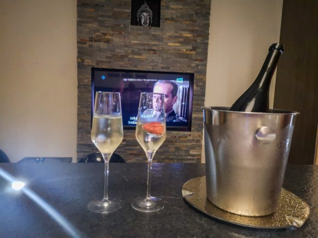wellnes aspara: šampanjec