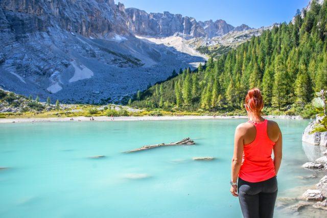 Čudovito jezero Sorapis v Dolomitih: jezero sorapis