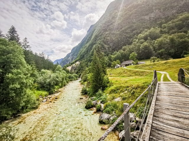 20+ ideas and activities on what to do in the Soča Valley: soca trail