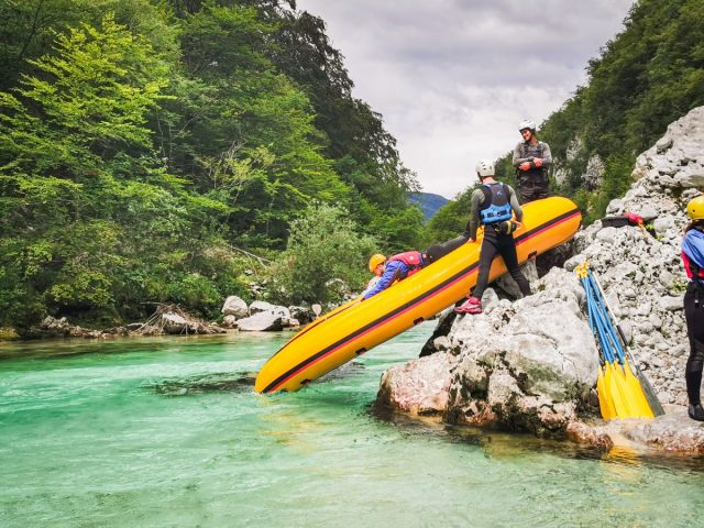 20+ ideas and activities on what to do in the Soča Valley: rafting soca