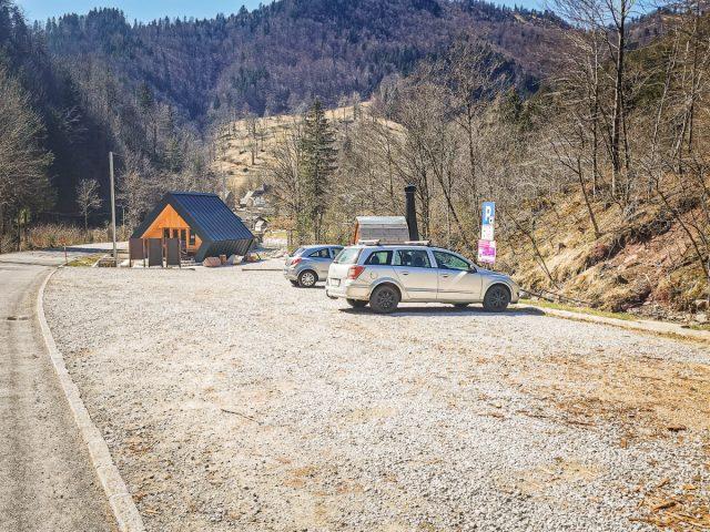 Dovžanova soteska: parkirišče